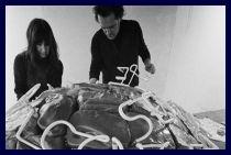 Marisa e Mario Merz presso la galleria l'Attico nel 1969