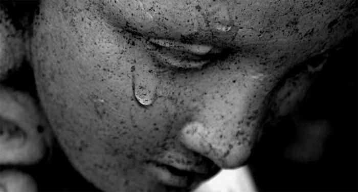 PSICOLOGIA: Quando dire addio è difficile: affrontare il lutto