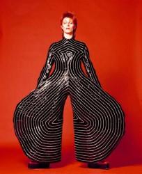 NL16 - 5 - David-Bowie - 1 - aladdin-sane-tour