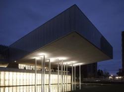NL21 - spalla - mostre - MAST-Auditorium-Notte B