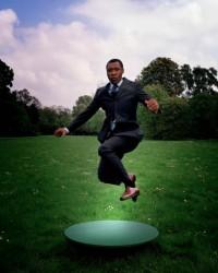 NL33 - spalla - flash news - Biennale arti visive - Okwui-Enzewor photographed-by Oliver-Mark