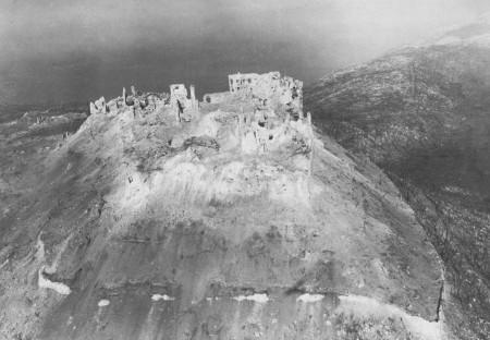 NL36 - Montecassino - Abbazia distrutta 2