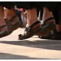 NL39 - un piccolissimo peccato - sandali frati e suore S