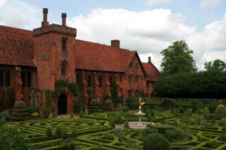 esempio di architettura antecedente, stile Tudor