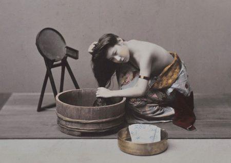Donna che si lava i capelli, 1890 circa