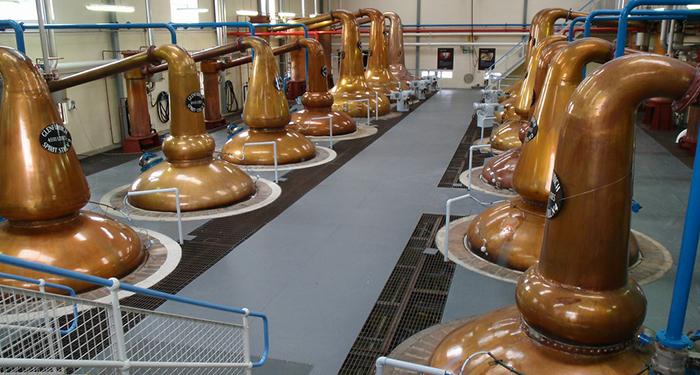 CULTURA – Il whisky, la contraffazione e la finanza